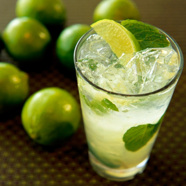 Traditional Mojito --- Image by © David Papazian/Corbis