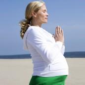 Mama Mantra. Photo source: fitpregnancy.com, shutterstock.com