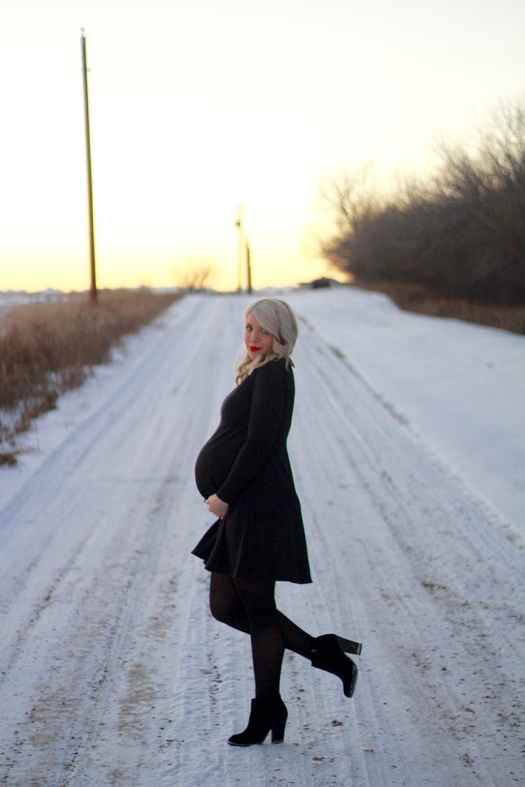 Holiday Maternity Look_10